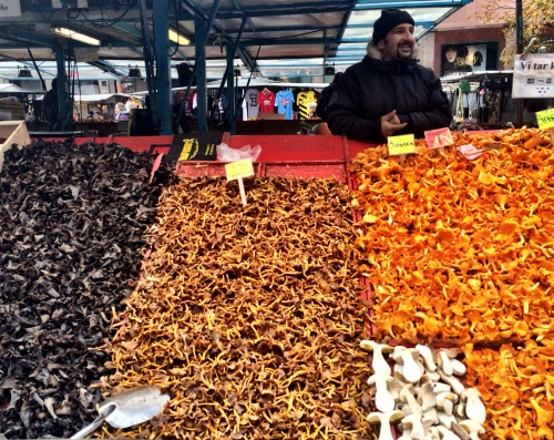 Fresh chantarelles at the market