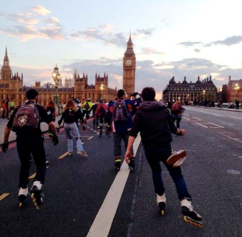 Stroll through London in your skates