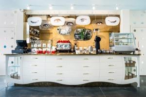 Cafe-DALI-by-Annvil-02